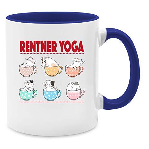 Tasse Berufe - Rentner Yoga Katzen in Tassen - Unisize - Dunkelblau - Q9061 - Kaffee-Tasse inkl. Geschenk-Verpackung